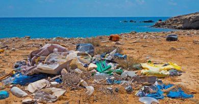 plastico_basura-playa