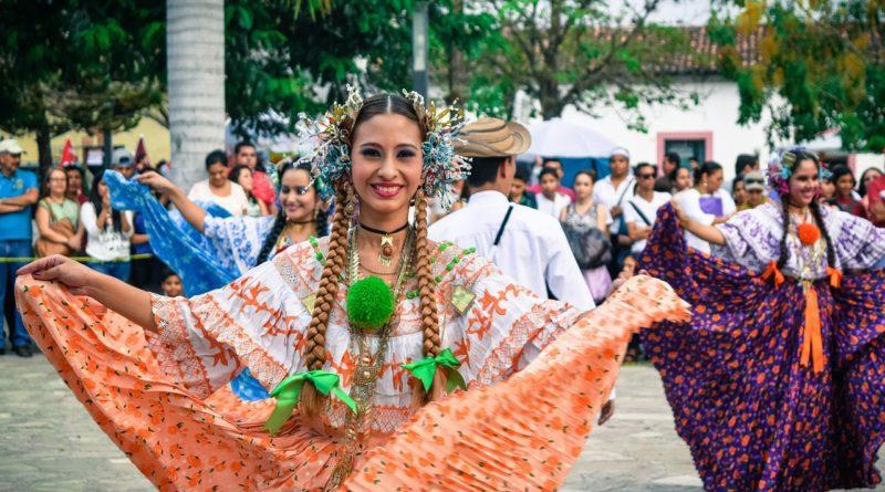 Aruba, Costa Rica y Uruguay