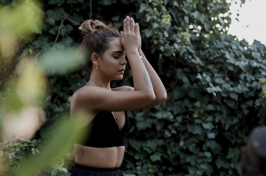 Elizabeth Cardenas Profesora de Yoga Vinyasa