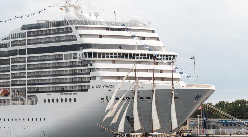Canadá prohíbe cruceros hasta marzo de 2022